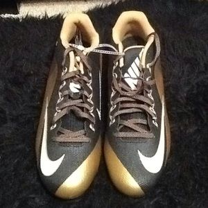 Men's Black gold Nike football cleats